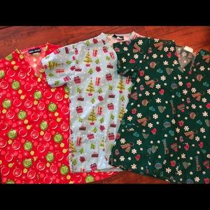 11 Holiday Scrub Tops! Size Small